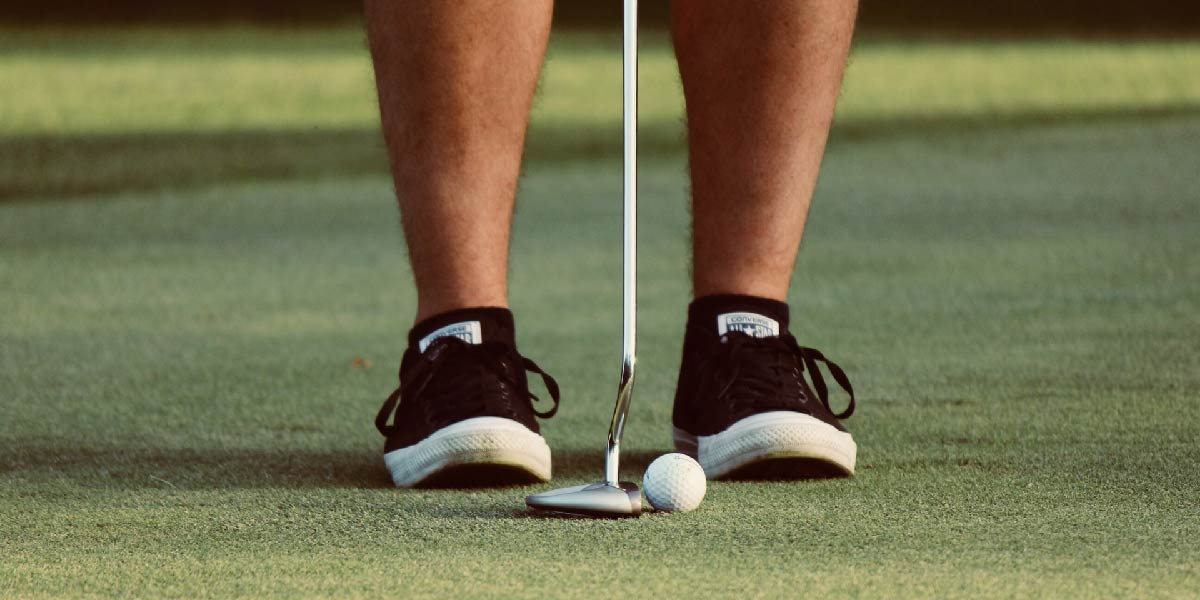How to Waterproof Golf Shoes