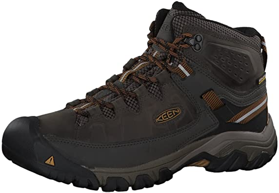 Best Hiking Shoes for Plantar Fasciitis