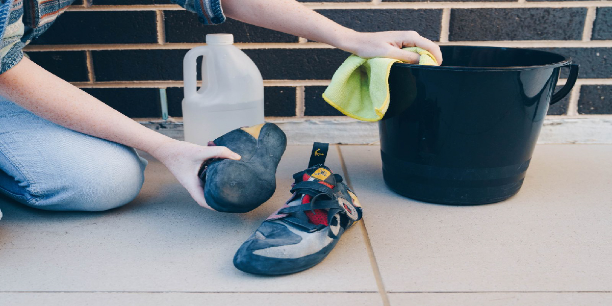 How to Wash your Rock Climbing Shoes